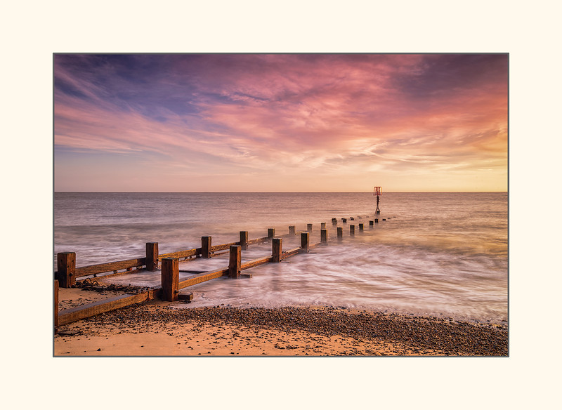 Dawn at Gorleston beach - Norfolk.jpg