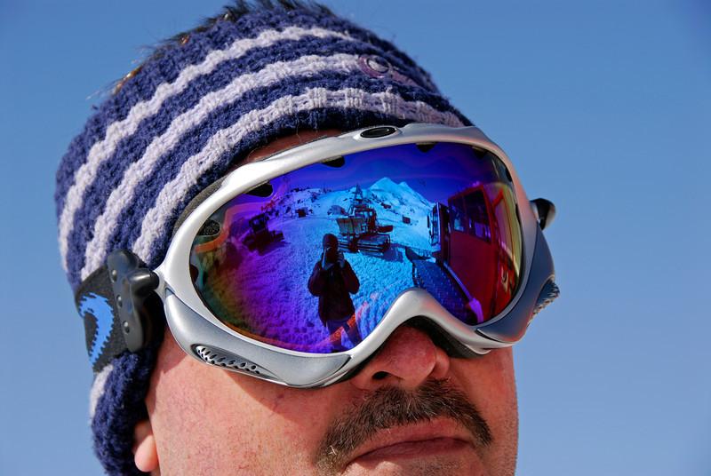 080502 1789 Russia - Mount Elbruce - Day 2 Trip to 15000 feet _E _I ~E ~L.JPG
