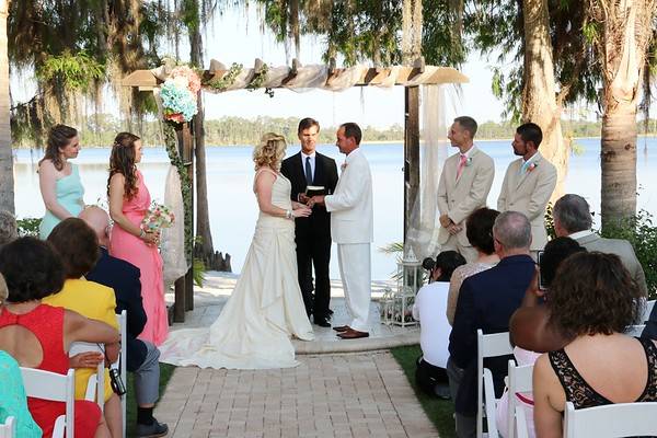 MIDDLE - CEREMONY