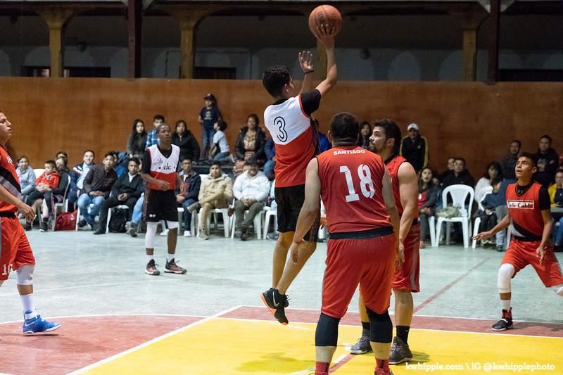 kwhipple_hoops_sagrado_20180726_0374.jpg
