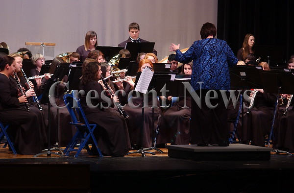 02-25-14 NEWS DHS Winter Band Concert
