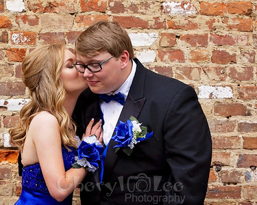 Skyler and Raeleigh- Prom 2019