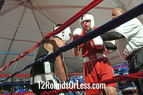 Bout 8=Main Event Tonnie Hamayel, Blue Gloves, Youngstown -vs- K. C. Austen, Red Gloves, Cleveland, 160 Lbs