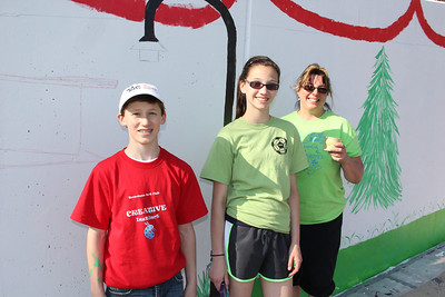Middle School Students Painting the Lafayette Street Mural, Tamaqua (4-27-2013)