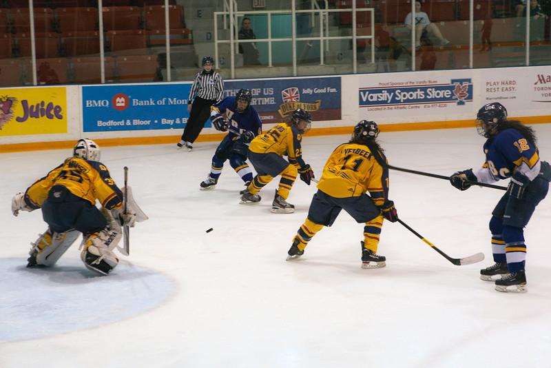 20130310 QWHockeyvsUBC 723.jpg