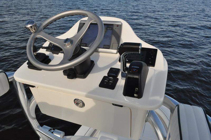 "S248533-Edson Steering Wheel Cast SS 13"" Satin"