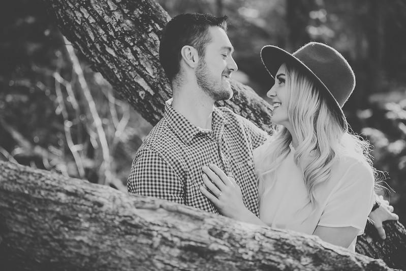 Engagement-042bw.jpg
