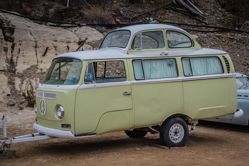 VW van trailer and Beetle NV LR-9911.jpg