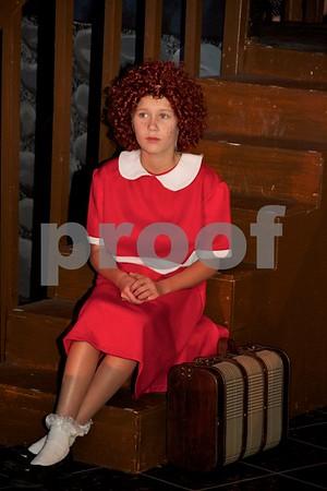 Annie Cast C