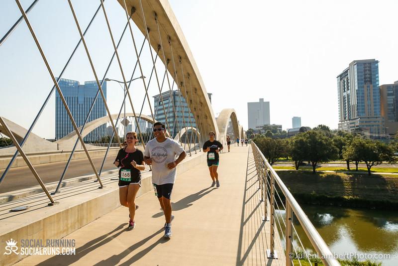 Fort Worth-Social Running_917-0464.jpg