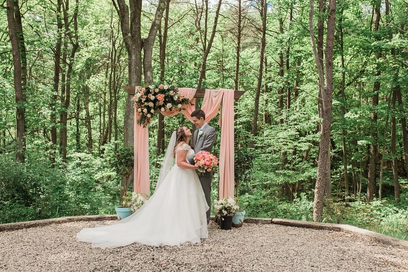WeddingJS-342.jpg