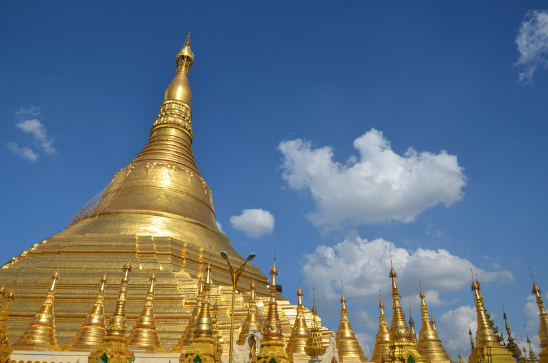 DSC_3720-shwedagon-paya-gold-zedi.JPG