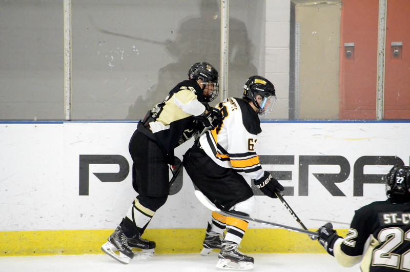 180112 Junior Bruins Hockey-036.JPG