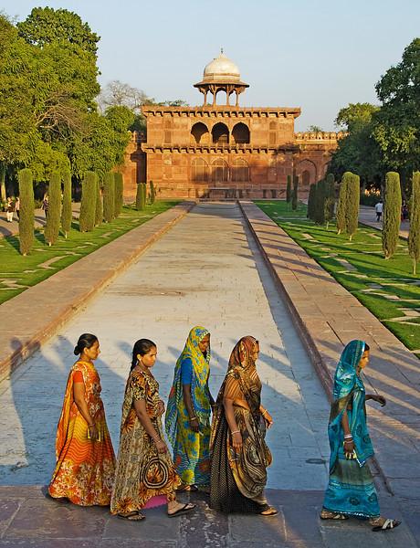 XH-INDIA-20100220A-223A.jpg