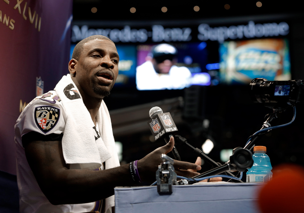Description of . Baltimore Ravens safety Bernard Pollard speaks during media day for the NFL Super Bowl XLVII football game Tuesday, Jan. 29, 2013, in New Orleans. (AP Photo/Mark Humphrey)