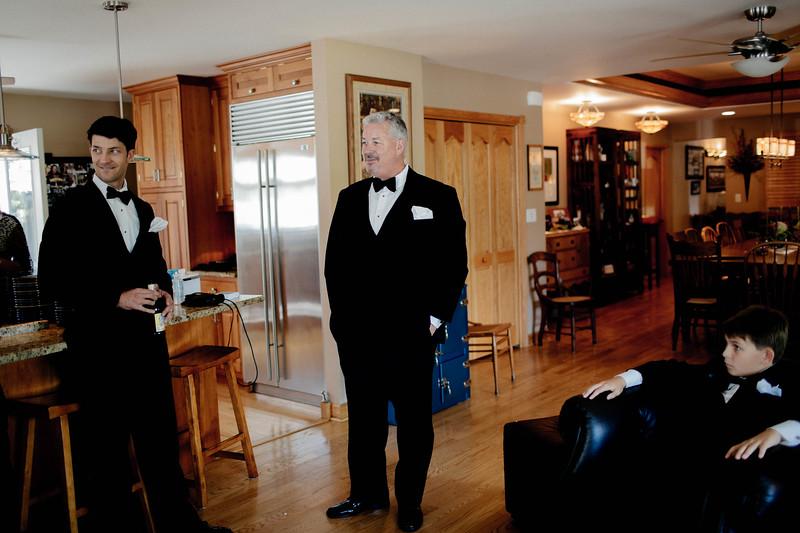 Brandon & Alshey _Getting Ready  (101).jpg