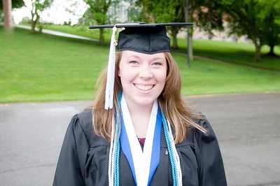 Graduation:  Samantha  Thomas 2016