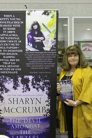 Sharyn McCrumb