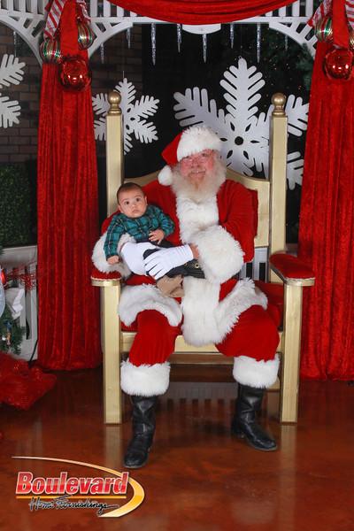 Santa 12-17-16-245.jpg