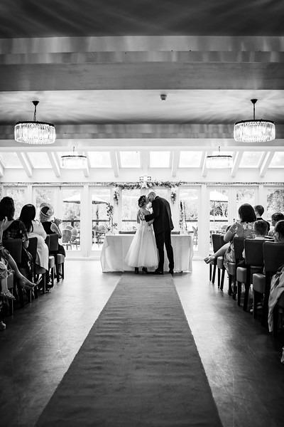 Sam_and_Louisa_wedding_great_hallingbury_manor_hotel_ben_savell_photography-0080.jpg