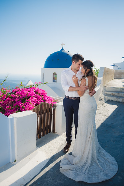 Honeymoon-photographer-santorini-post-wedding-session-Anna-Sulte-3.jpg