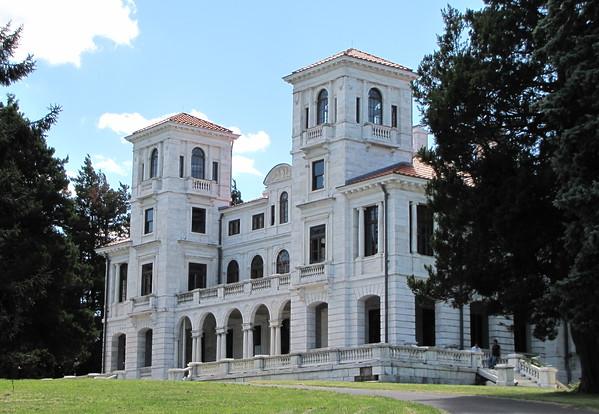 Afton, VA - Swannanoa Palace