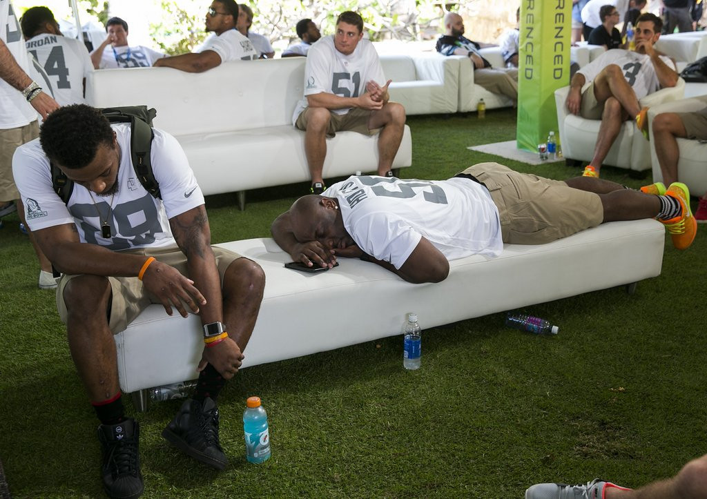 ". <p>4. PRO BOWL DRAFT <p>Every player is a sleeper if no one can stay awake. (3) <p><b><a href=\'http://deadspin.com/relive-the-excitement-of-the-pro-bowl-draft-1507316928\' target=""_blank\""> HUH?</a></b> <p>    (AP Photo/Marco Garcia)"