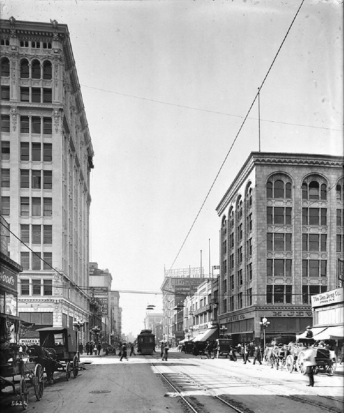 Broadway, looking north from Seventh Street, Los Angeles, ca.1907-1917