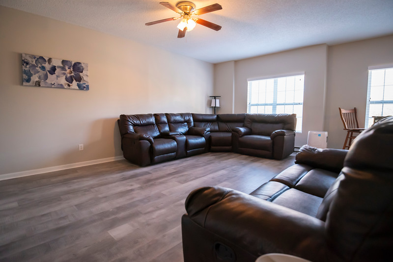 20191125 Rental Property Heatherview Lane 043Ed.jpg