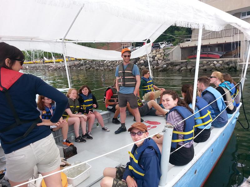 LimnologyStudents&Boat.jpg