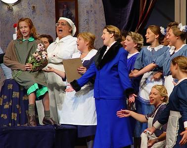 2003 Annie Waupaca Community Theater
