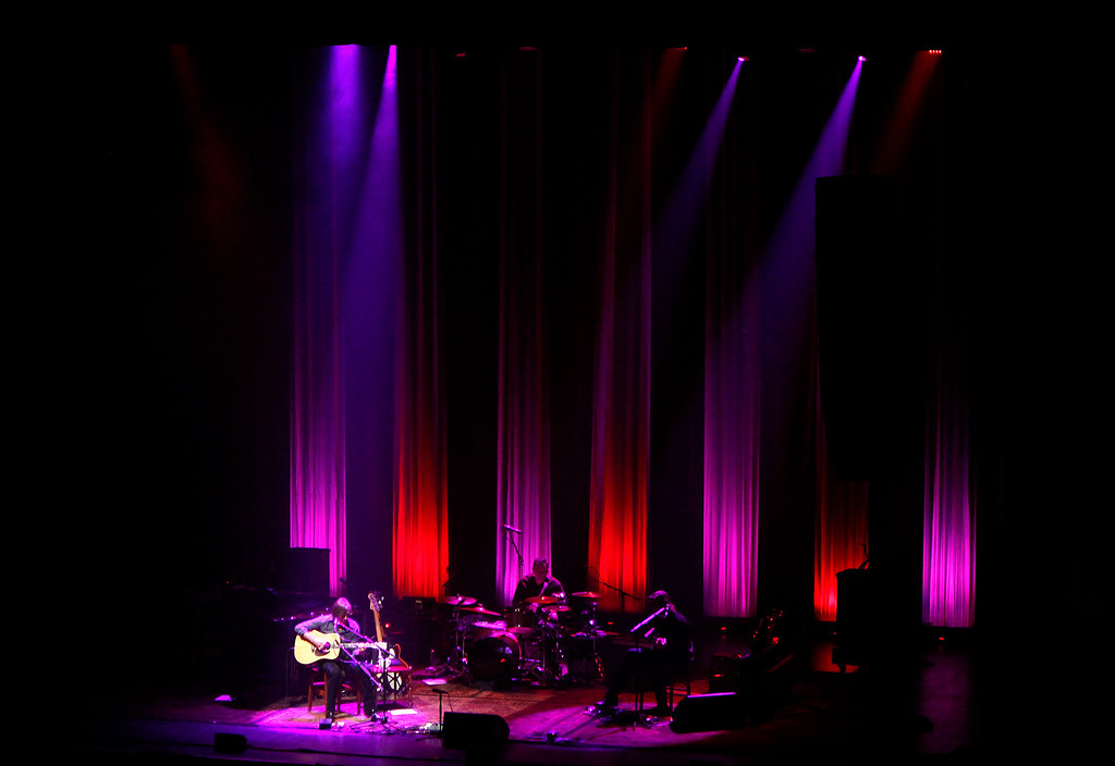 . Jackson Browne performs at the San Jose Civic in downtown San Jose, Calif. on Tuesday, Jan. 22, 2013.  (Nhat V. Meyer/Staff)
