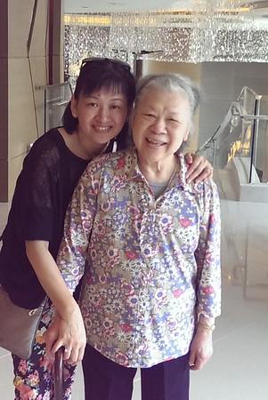 2015 Mom in HK