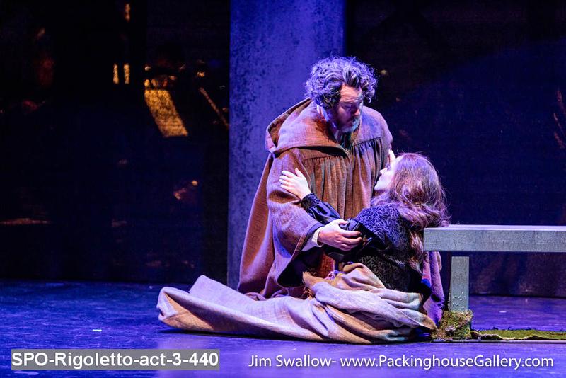 SPO-Rigoletto-act-3-440.jpg