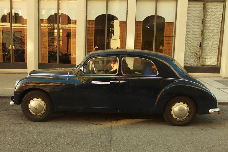 lovely profile on early Aurelia sedan