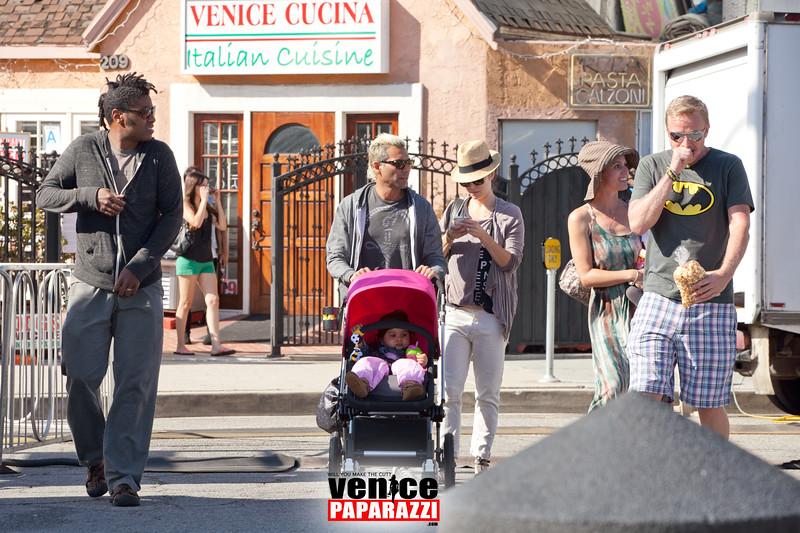 VenicePaparazzi-73.jpg