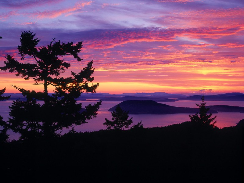 San Juan Islands at Sunset, Puget Sound, Washington.jpg
