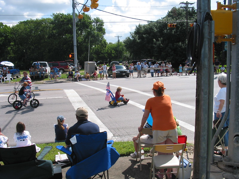 Picture_DON_70042004_Parade_015.jpg
