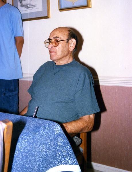2002-053.jpg