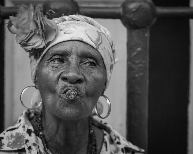 Old Lady 3-7680.jpg