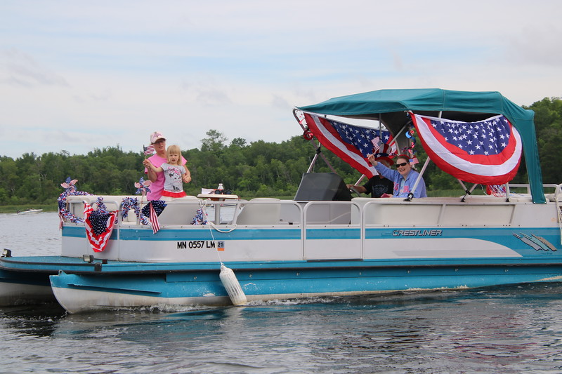 2019 4th of July Boat Parade  (34).JPG