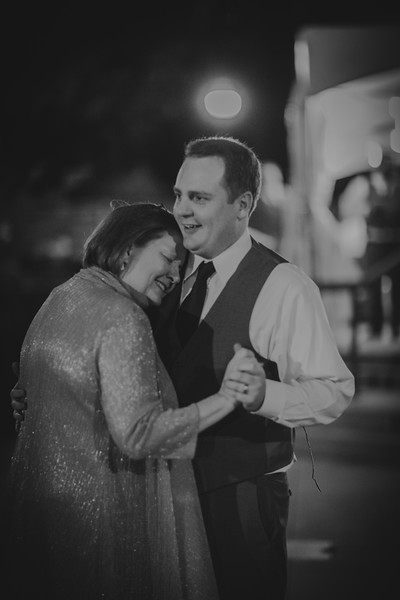 Amy+Andy_Wed-0612 (2).jpg