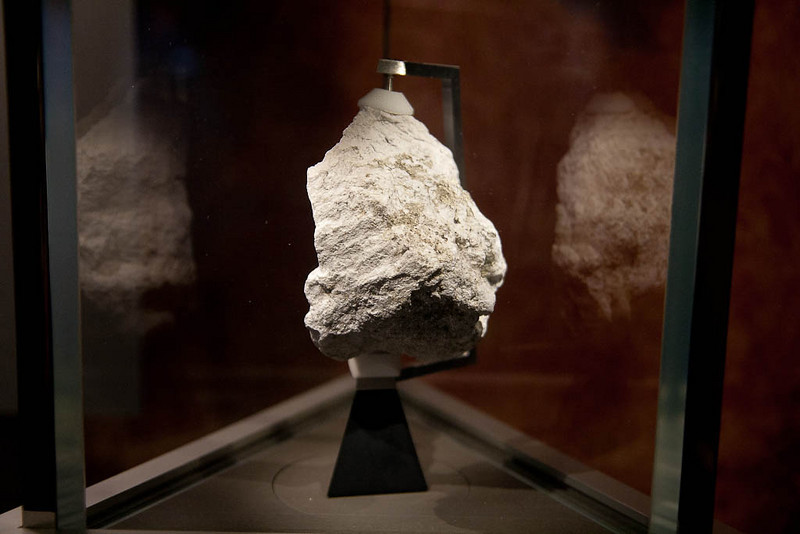 Washington DC Day 3-54 Moon Rock.jpg