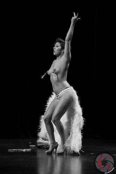 burlesque day1 edits (62 of 170).jpg