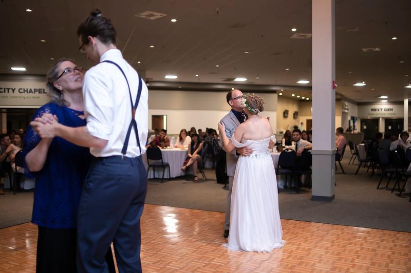 Taylor & Micah Wedding (0833).jpg