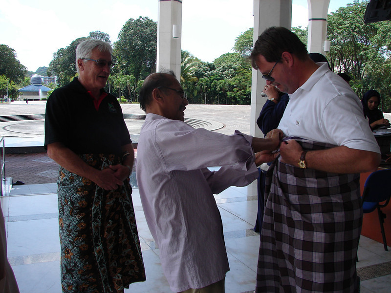 Dressing for The Blue MOsque in KL.JPG