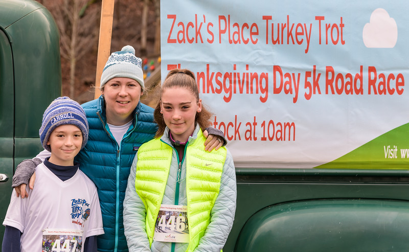 2019 Zack's Place Turkey Trot -_8507767.jpg