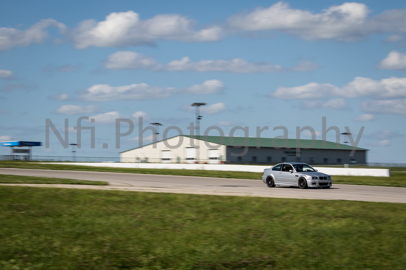 Flat Out Group 2-197.jpg