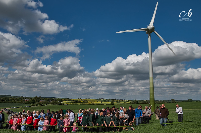 _CB_0344 Village children get ready to cut the ribbon for the opening of Gamlingay Community Turbine.jpg