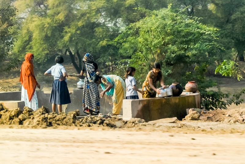 Roads_in_India_1206_047.jpg